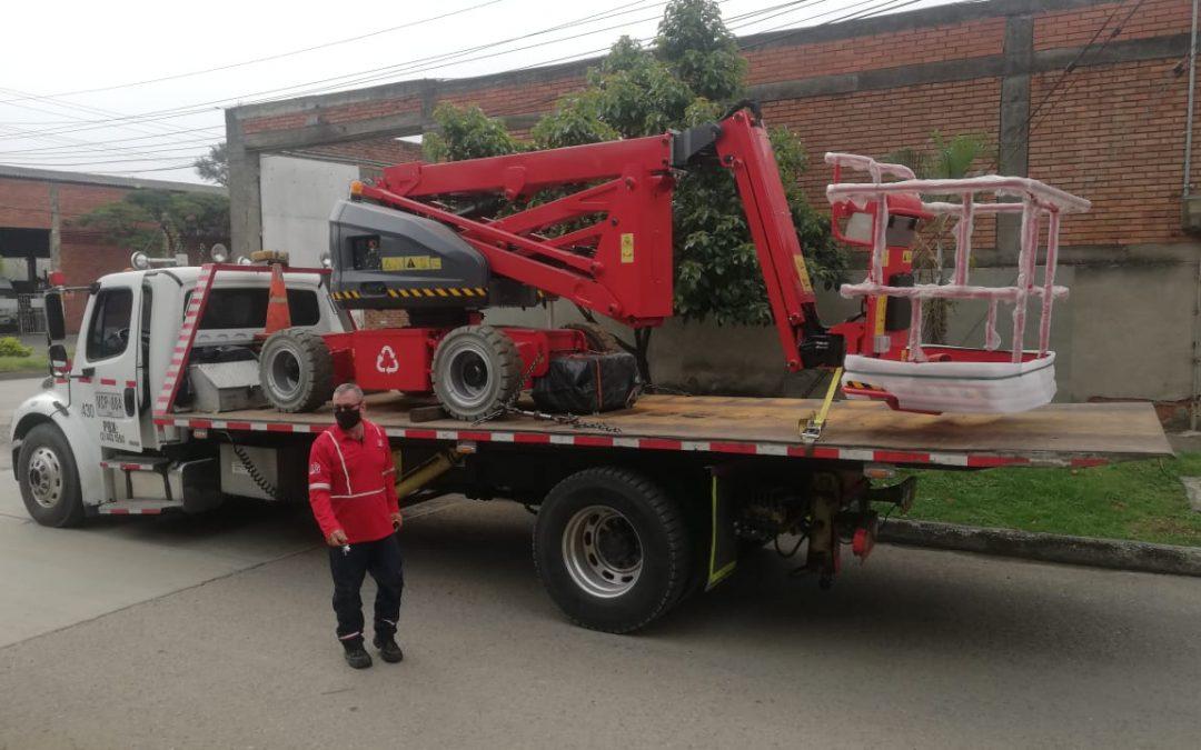 CGB SAS Colombia entrega Brazo Articulado Eléctrico ALO Lift 16 AJ E a laboratorio