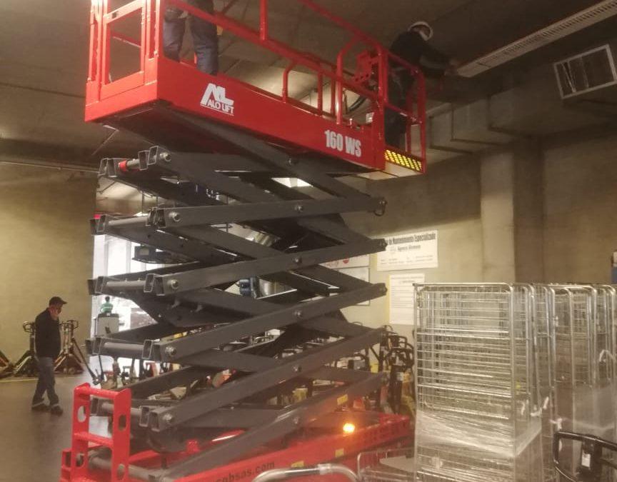 Elevadores Tijeras Eléctricos ALO Lift 160 WS la mejor opción en altura para industrias en Colombia